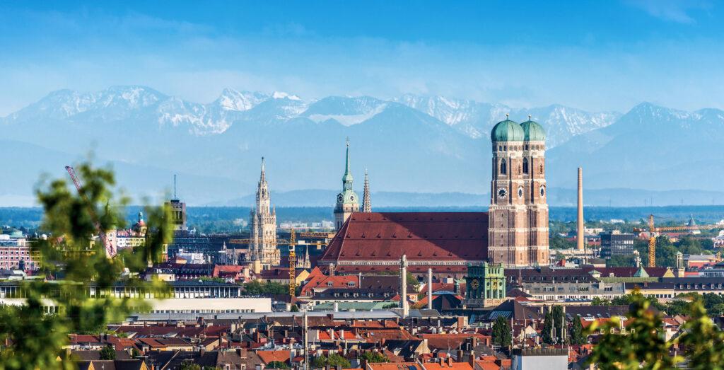 Immobilienangebote in München sind schon seit vielen Jahrzehnten eine sehr hohe Nachfrage bei Einheimischen, Zugezogenen und internationalen Investoren sehr gefragt.